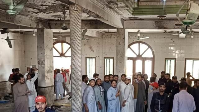 Ataque bomba en escuela de Pakistán deja 7 niños muertos y 70 heridos