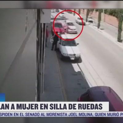 Atropellan a mujer en silla de ruedas en Puebla