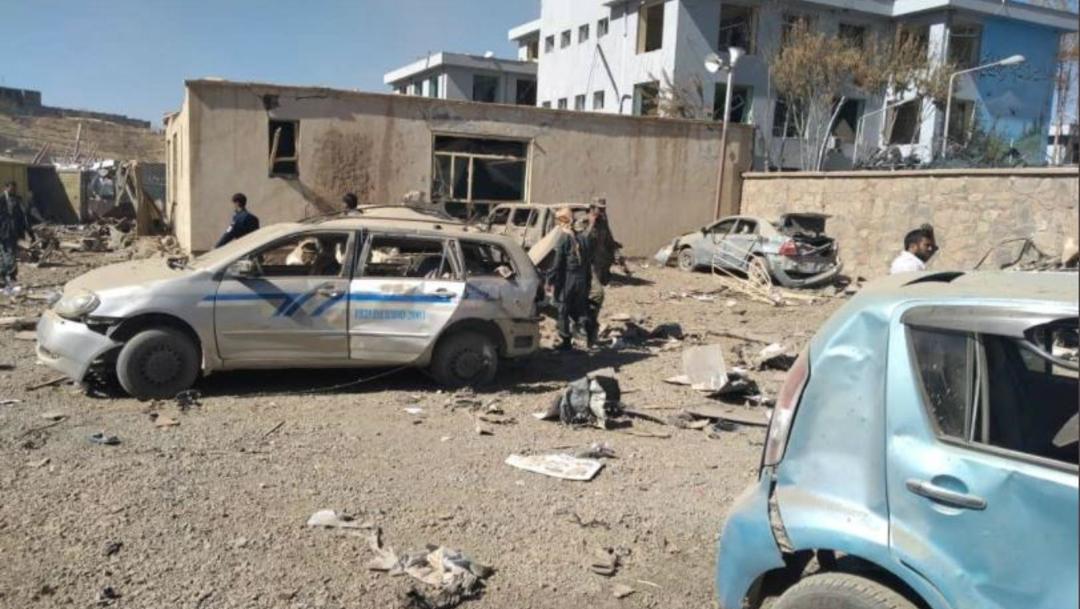 La explosión de un coche bomba dejó 13 muertos y 95 heridos en la ciudad afgana de Firozkoh