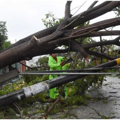Más de 250 mil usuarios se quedaron sin luz en la Península de Yucatán tras paso del huracán 'Delta'
