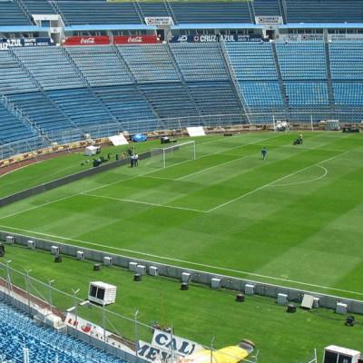 Estadio Azul: ¿Cuánto cuesta rentarlo para 'echar una cascarita'?
