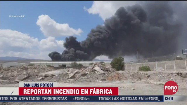 fuerte incendio consume una fabrica en san luis potosi