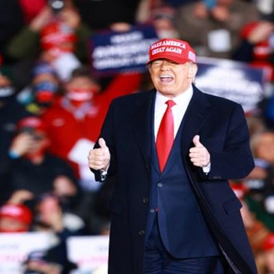 Trump dice que mientras sea presidente no cambiará el nombre al Día de Colón