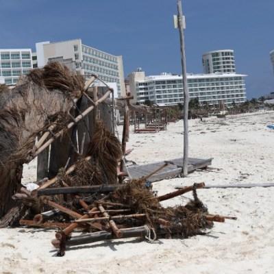 Habitantes de Quintana Roo y Yucatán evalúan daños tras paso del huracán 'Delta'