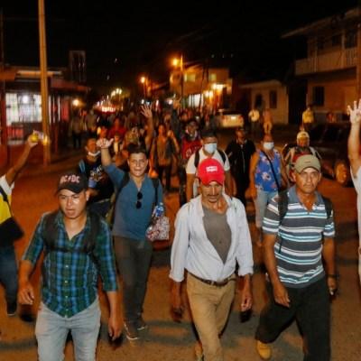 Hondureños parten hacia Estados Unidos
