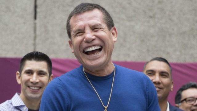 """Julio César Chávez, compartió en Twitter la primera foto de su nieto, anunciando """"Este sí va a ser el bueno"""""""