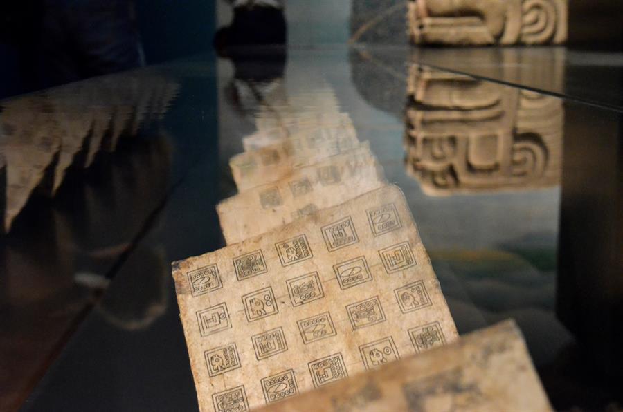 Tenochtitlán-llega a-Viena-con-exposición-de-los-Aztecas