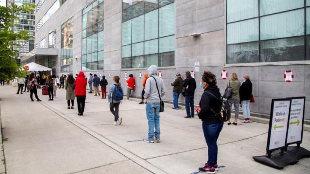 Canadá-mantendrá-cierre-de-fronteras-un-mes-más