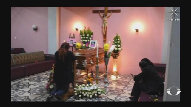 Realizan funeral de abogada linchada en Puebla