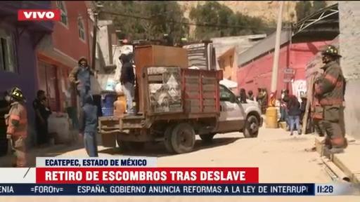 retiro de escombros tras deslave en ecatepec estado de mexico