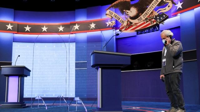 Todo listo para último debate entre Trump y Biden