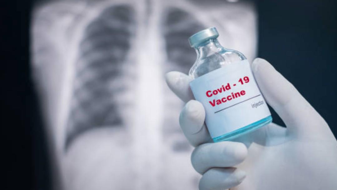 Johnson & Johnson detiene ensayos de vacuna contra COVID-19 por un participante enfermo