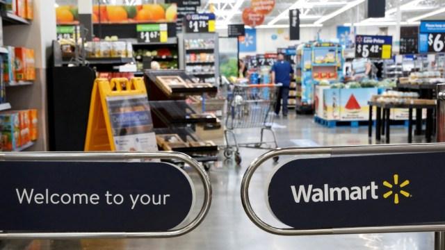 Walmart retira las armas de sus tiendas ante posibilidad de disturbios por elecciones en EEUU