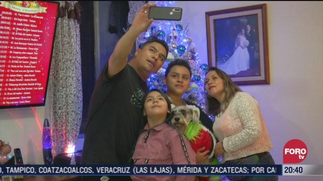 asi viven las familias de la ciudad de mexico la fiebre navidena