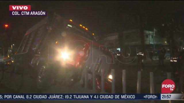 camion torton se estrella en aragon