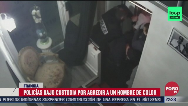 detienen a policias franceses involucrados en agresion racista