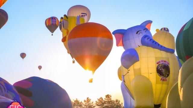 Un centenar de globos aerostáticos colorean el cielo de México