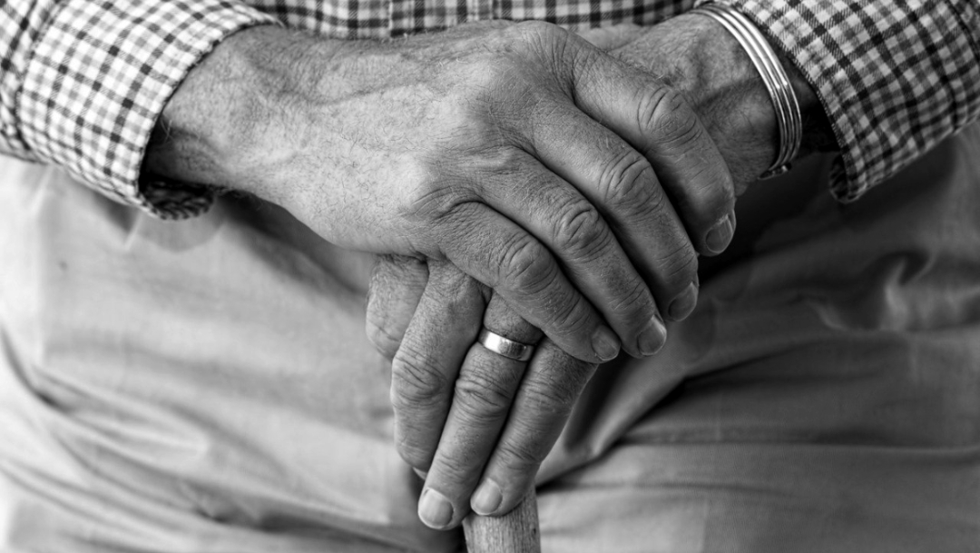 abuelito manos
