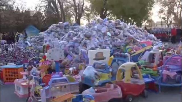 Bomberos de Ciudad Juárez comienzan tradicional colecta de juguetes