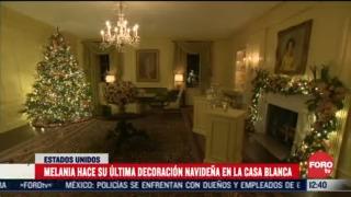 melania trump instala decoracion navidena en la casa blanca