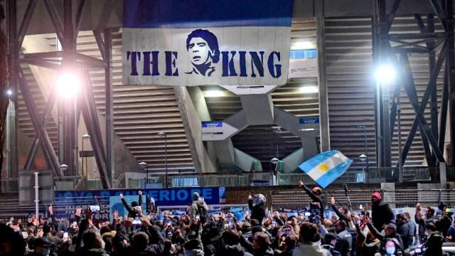 Nápoles inicia proceso para rebautizar estadio San Paolo y dedicarlo a Maradona