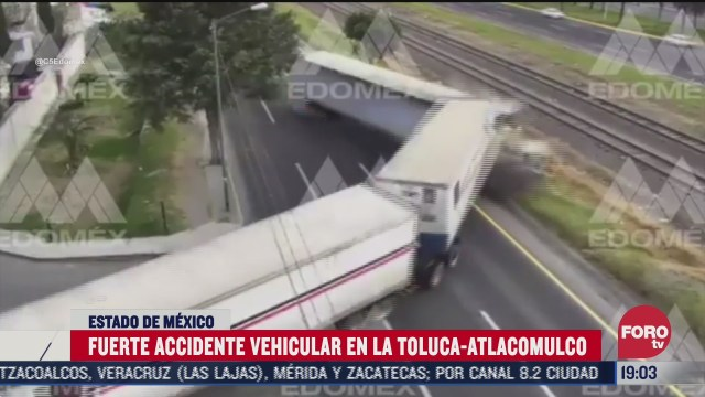 se registra accidente en carretera toluca atlacomulco