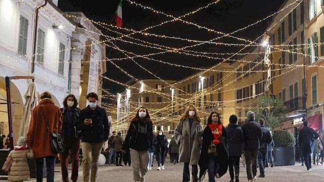 Toque de queda en Italia se mantendrá en temporada navideña