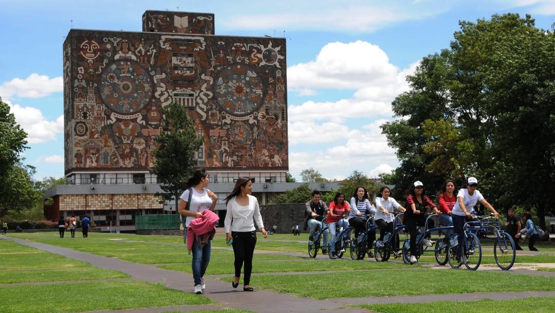 Alumnos de la UNAM