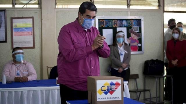 Chavismo se impone en elecciones legislativas, Maduro recupera control de Asamblea