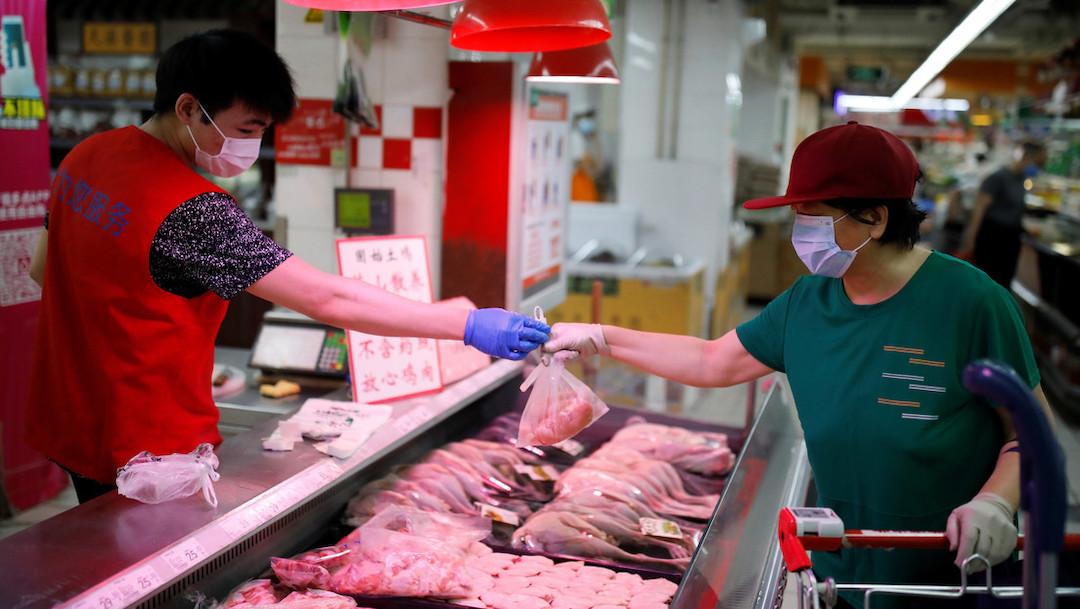 China detecta coronavirus en envases de carne congelada de Argentina, suspenderá importaciones