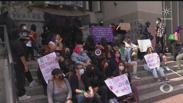 feministas se manifiestan en cdmx por acusaciones en su contra