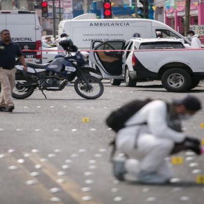 Habitantes de Michoacán afirman estar sitiados tras enfrentamiento entre grupos criminales