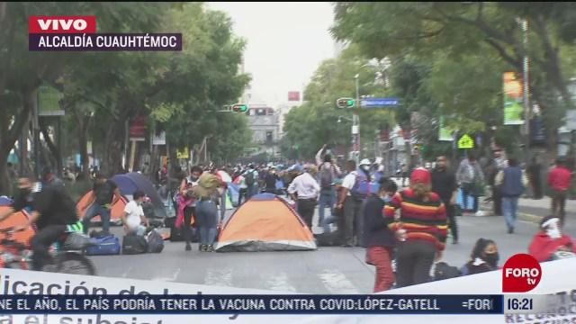 maestros bloquean avenida juarez de la cdmx