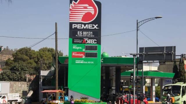 Pemex informó que rescindió los contratos otorgados a la empresa propiedad de Felipa Guadalupe Obrador Olán