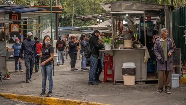 Pronostican caída en la economía mexicana