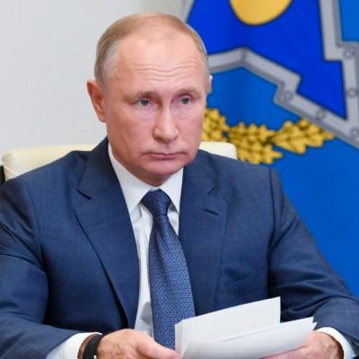Putin ordena iniciar aplicación masiva de vacuna Sputnik V contra COVID-19