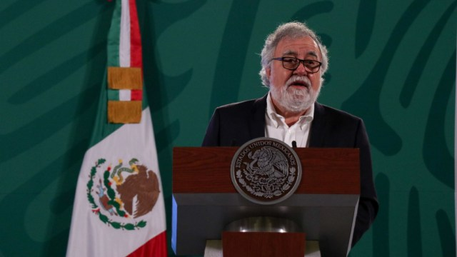 Alejandro Encinas durante la conferencia matutina en Palacio Nacional