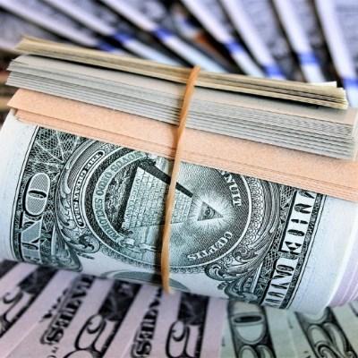 Dólar cierra a 20.31, con un peso que cae a mínimos ante el aumento de casos COVID