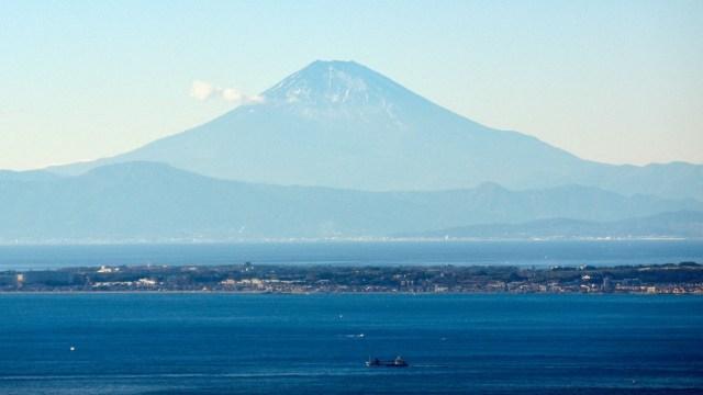 Escasez de nieve en el monte Fuji preocupa a Japón