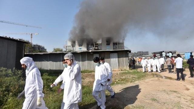 Incendio en fábrica de vacunas de la India