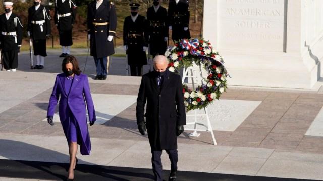 Joe-Biden-y-Kamala-Harris-honran-a-los-soldados-caídos-de-EEUU