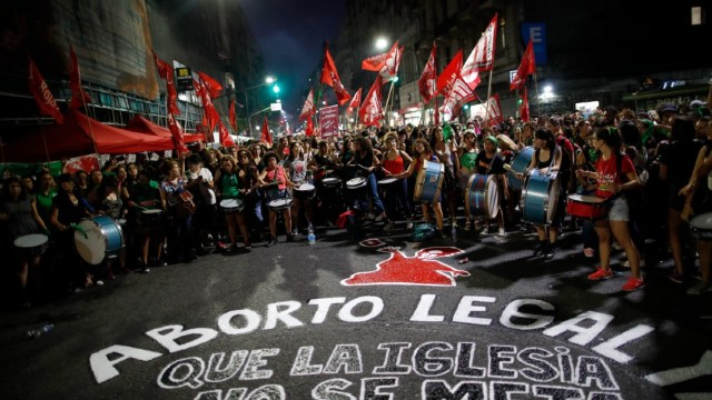 Diputadas-analizan-despenalización-del-aborto-en-Chile
