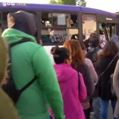 Usuarios del Metro reportan aumento de pasajes tras incendio
