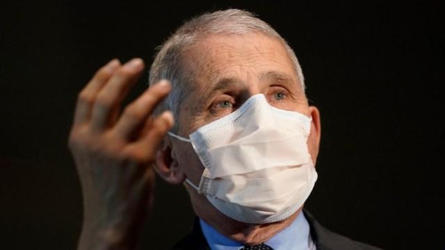 Anthony Fauci asegura que segunda dosis de vacuna no debe retrasarse