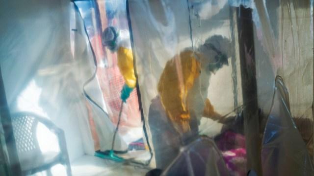 OMS declara alto el riesgo de epidemia de ébola en África Occidental