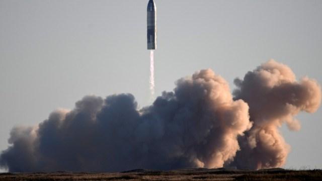 Prototipo-de-cohete-SpaceX-explota-al-aterrizar