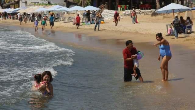 Acapulco recibirá miles de turistas con estrictos protocolos sanitarios