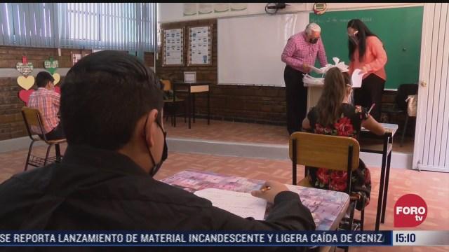 alumnos de jalisco volvieron a las aulas para recibir asesorias escolares