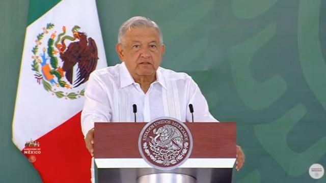 El presidente de México,Andrés Manuel López Obrador, en su gira por Champotón, Campeche.