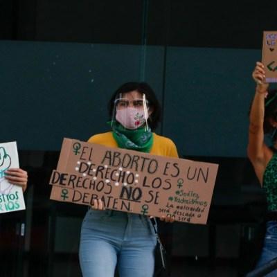 Aprueban dictamen de despenalización del aborto en Quintana Roo